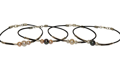 Triple Pearl Leather Bracelet