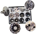 Assorted styles black and white adjustable Capiz rings